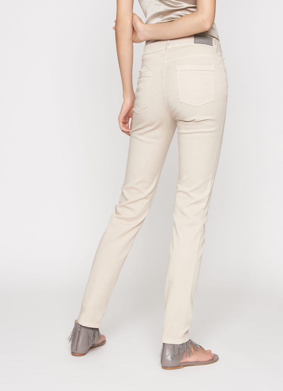 Fabiana Filippi lyse jeans