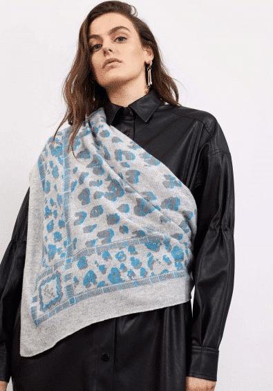 Lala Berlin Triangle Leo M Tørklæde, Blue Danupe On Flanella